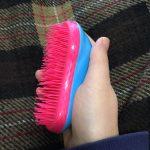 【口コミ】タングルティーザー(TANGLE TEEZER)のブラシを2年間使ってみた感想。髪が傷んで絡まりやすい方におすすめです!